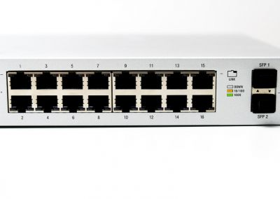 Unifi-Switches-PoE-10