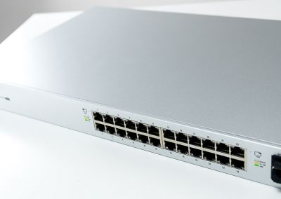 Unifi-Switches-PoE-4